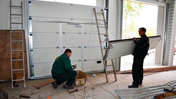 Качественная установка секционных гаражных ворот в Киеве и области