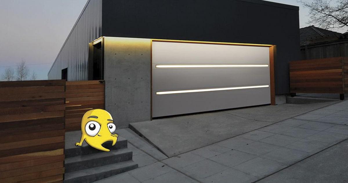 Купить автоматические секционные гаражные ворота Ритерна в Киеве